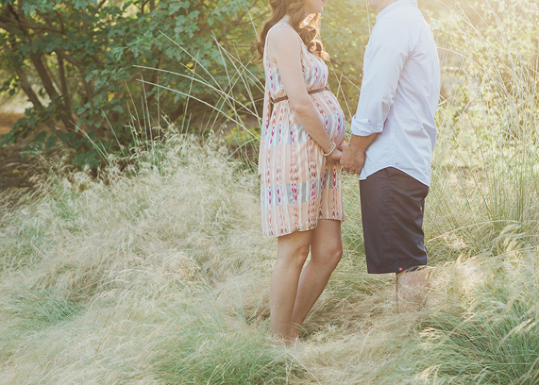 natural, outdoor maternity photography - what to wear | one eleven photography